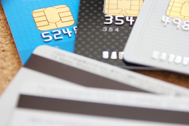 実はお得なチャンスを逃してた?クレジットカードの便利なブランド・メーカー・利用方法を徹底調査
